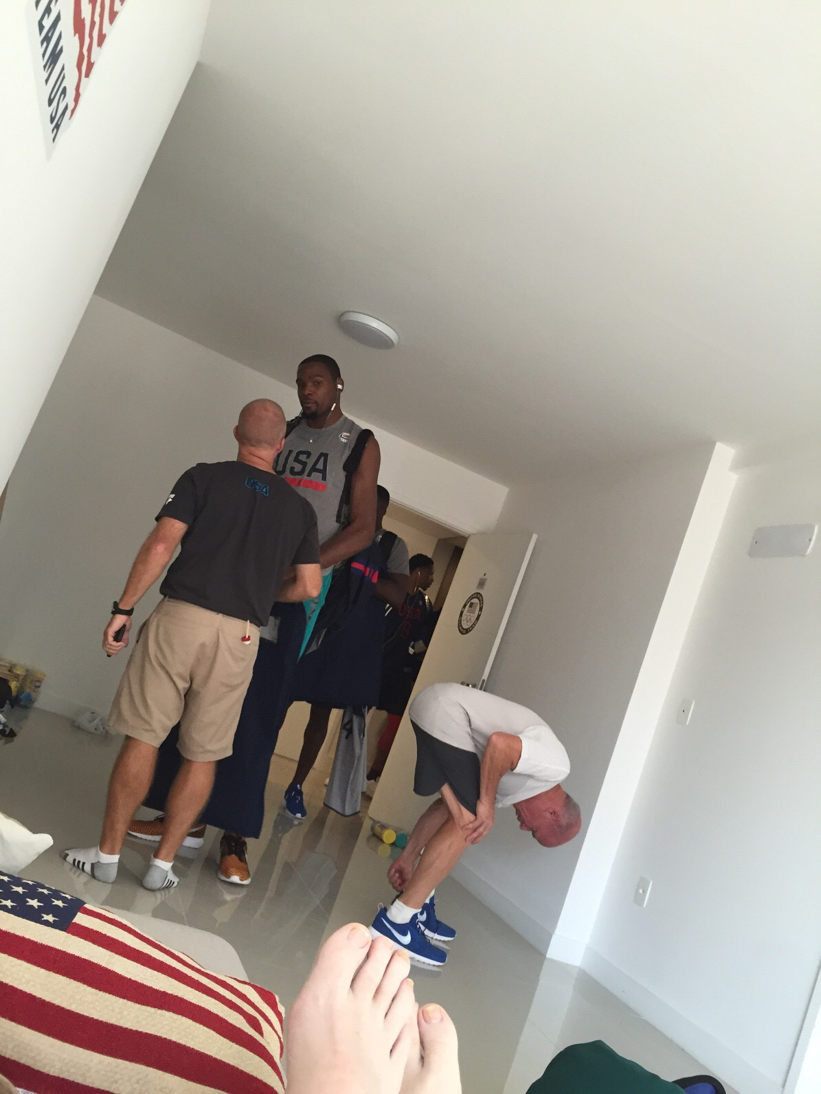 Kevin Durant and other U.S. basketball players visit U.S. coaches dorm room at the Olympic Village